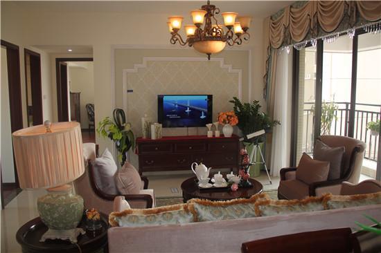 鸿泰西岸中央南北通透板式住宅 金湾海景置业典范