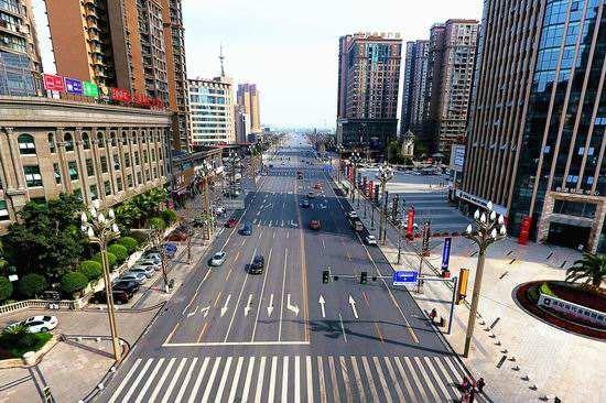 即日起 德阳市区9条道路实施临时交通管制图片