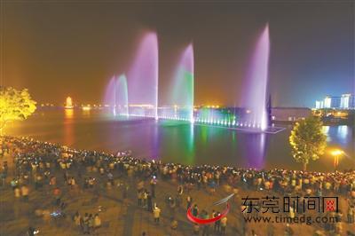 今晚来华阳湖倒数迎新年 到龙凤山庄玻璃鹊桥许愿