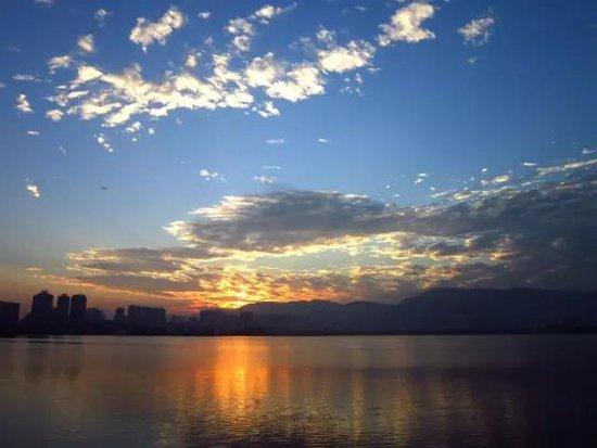 依山傍水桃花源 面朝磁湖写意人生尽在中冶·黄石公园