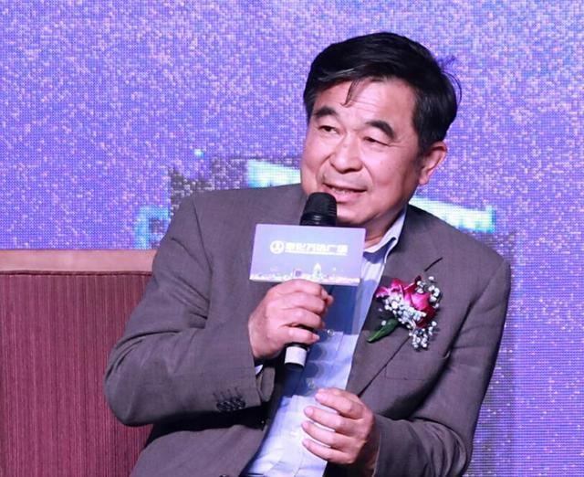 """""""聚势万达,赢领2018""""奉化万达财富论坛圆满落幕"""