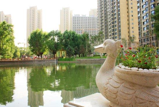 内外兼修筑精品,恒大滨河左岸十套特价房,致敬城市精英