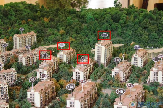 淮北凤凰城:75-110洋房图纸买一套赠一房_cad了新品的看中不见图片