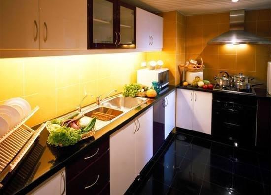 厨房装修做好这些小细节 能让你老公抢着做饭!