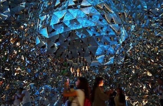 全球最大水晶宫殿