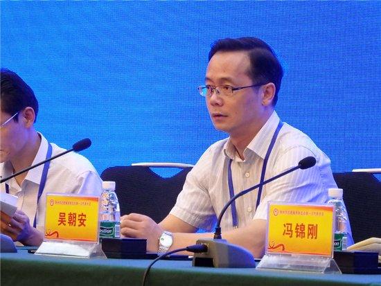 荆州志愿者服务联合会第一场代表大会召开