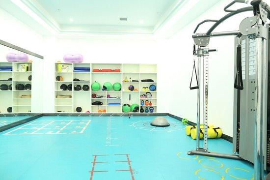 分赛场官方指定训练基地 英派斯健身俱乐部_频