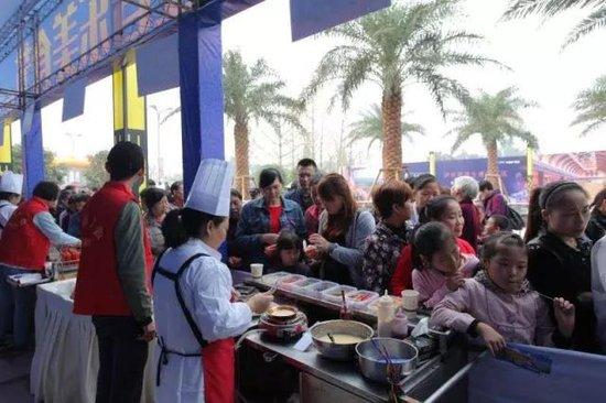 鸿通翡翠滨江:食不可挡 首届泸州音乐美食节,完美落幕啦