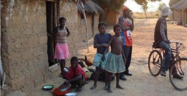 实拍非洲:穷人和富人的住房差别有多大
