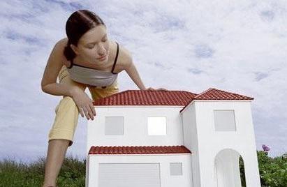 卫计委:大中城市房价攀升 七成家庭不敢生二孩