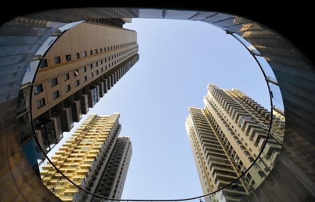 大数据房价指数发布:18城房价中位数破万