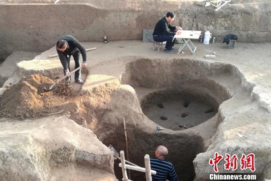 """丰镐遗址发现唯一一处""""两室一厅""""套房"""