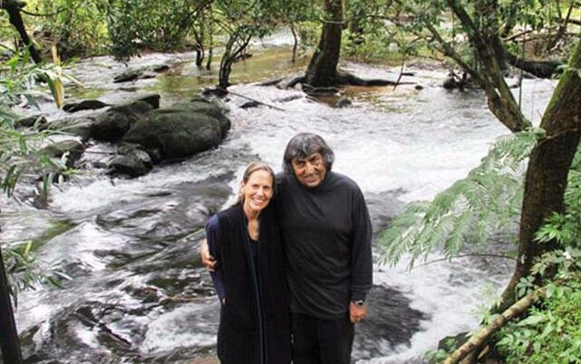 夫妇26年种出热带雨林