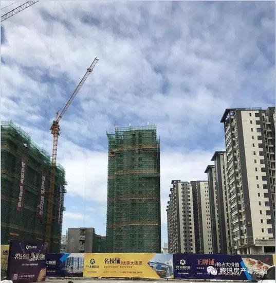进度:建达大悦花园二期住宅已全面封顶