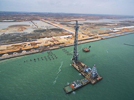 中科炼化码头施工展开