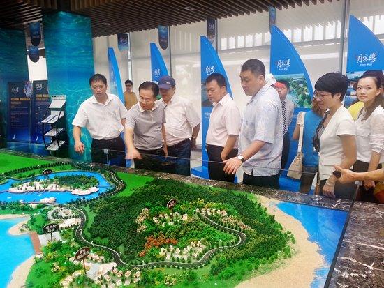 泰国旅游公会主席莅临月亮湾考察