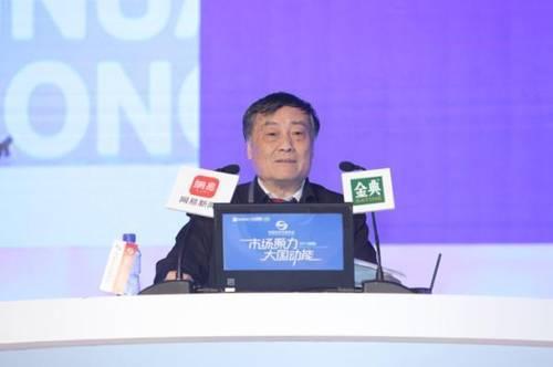 宗庆后呼吁把房价降下来:无论租还是买 要让年轻人有房住