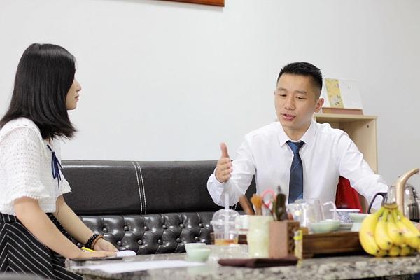 """专访华振地产总经理伍平:""""车文化""""提升发展马力"""
