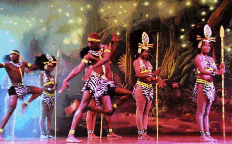 满城热辣非洲风情秀,势必让你尽情狂欢!