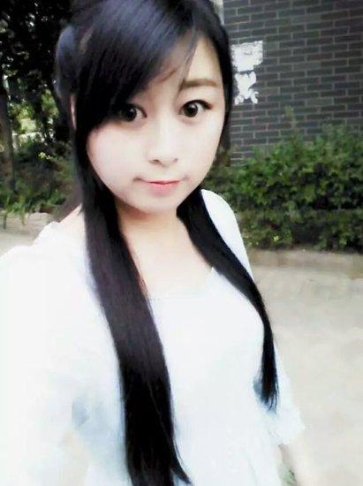 银鹭万树城【李婕】生活中的文艺女青年