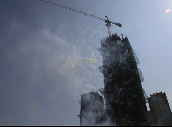 香颂小镇£º二期一标段楼栋封顶仪式圆满落幕