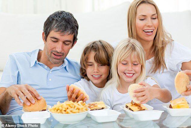 久坐不动 吃深加工食品 现代人生活常态潜藏危机