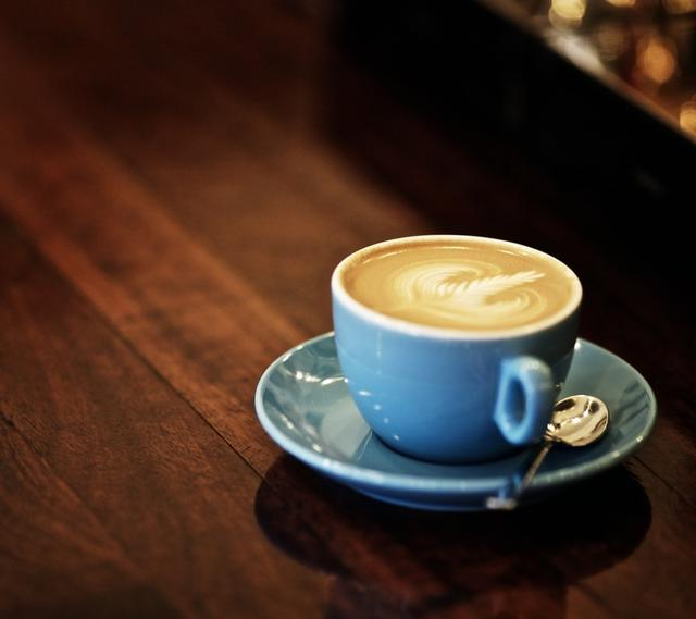 每天喝三杯咖啡可降低动脉钙化风险
