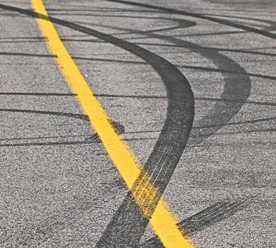 日常驾驶刹车技巧分享 保障安全/舒适