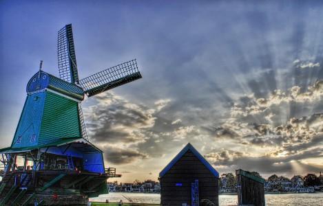 留学荷兰无须学荷语+签证可畅通进出欧洲25国