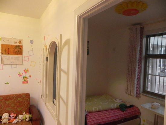 医院女生挂水照片_扬州一20岁女孩卫生院挂水后死亡死因仍在调