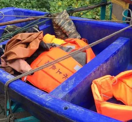泰州一大妈河边洗衣不慎落水 三天还未找到人