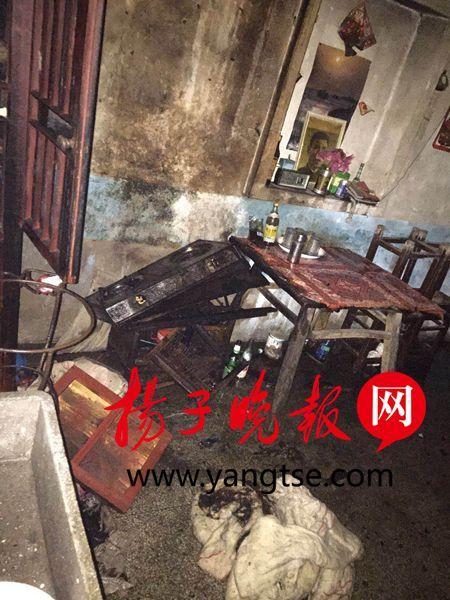 镇江宝堰老街夜晚突发火灾 未殃及历史文化遗存