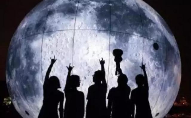 速度围观!超级月亮空降苏州!
