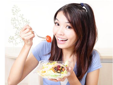 刚吃完饭就饿?十种方法消除饥饿感