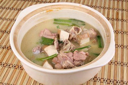 喝大骨汤真的能补钙吗?