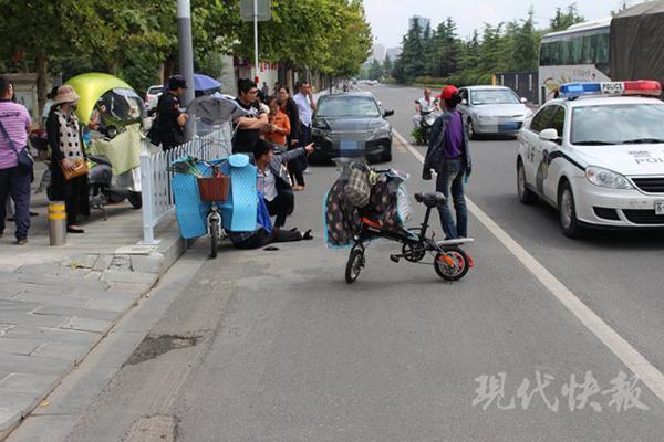 徐州女子停车帮忙反被诬陷 警方调监控还她清白
