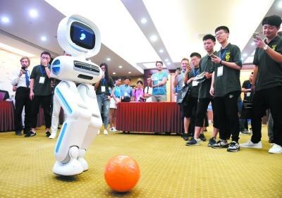 """南京闯进国际机器人顶尖科技""""朋友圈"""""""