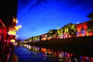 桨声灯影画中游 你见过这么美的外秦淮河吗