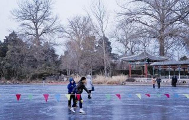 苏州籍学生清华大学冰面行走 致1人坠湖身亡