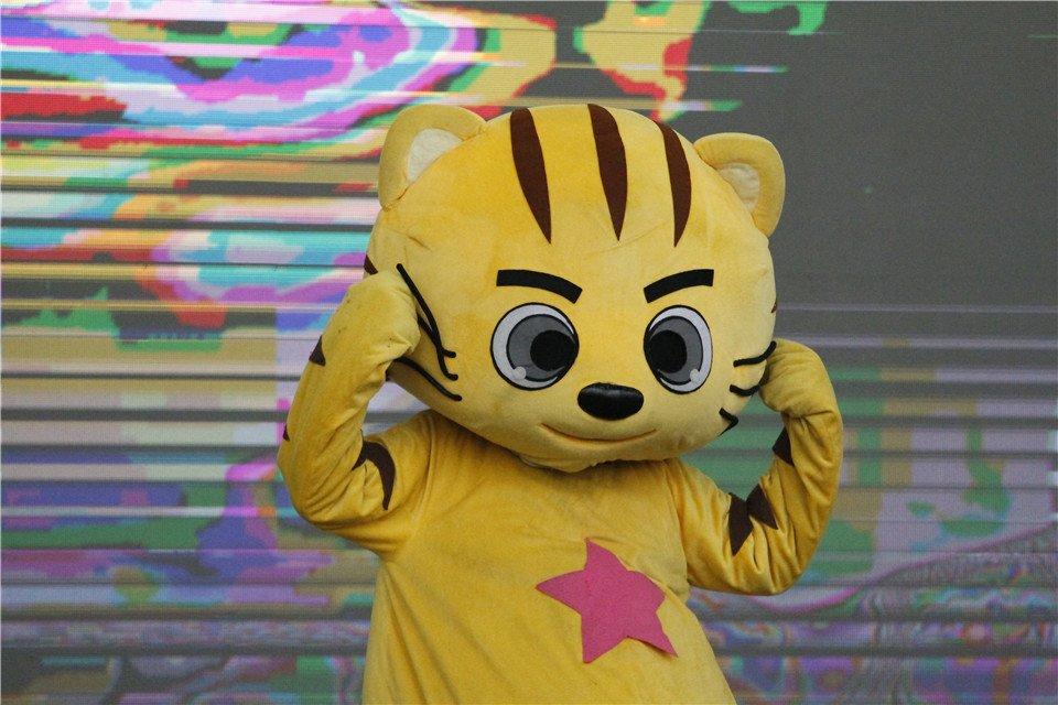 《快乐星猫—甜蜜城堡大冒险》舞台剧现场图片