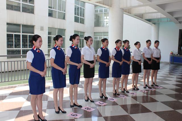 南京旅游职业学院86名同学成功入选上海铁路局动车组