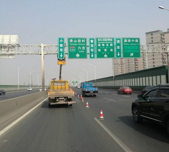 江北快速路将实行客货分道行驶 违规车辆将被抓拍处罚