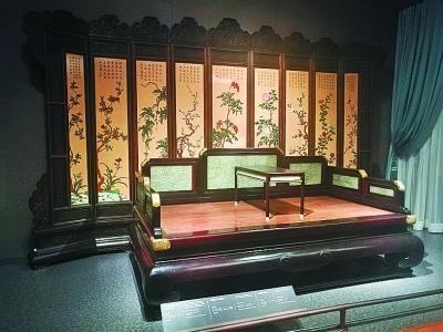 故宫游添新看点 2千多件明清家具仓储式展览