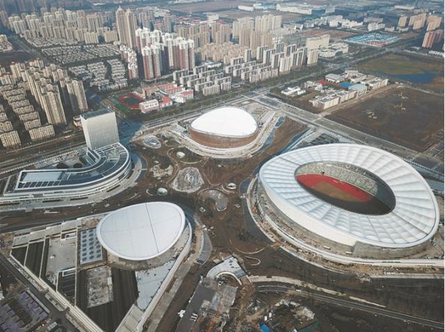 苏州奥体中心雄姿初展 目前施工收尾