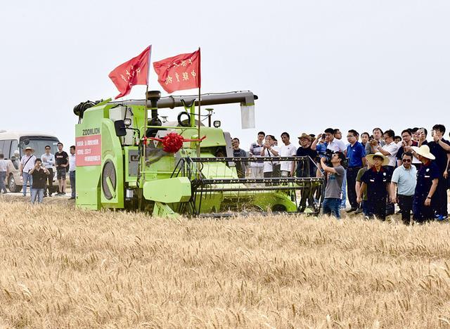 兴化启动农业全程无人作业试验