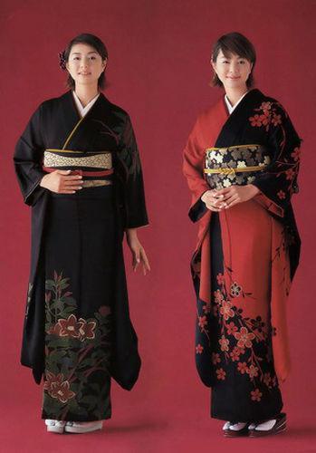 揭秘日本女人和服里隐藏的秘密