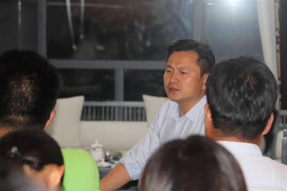 云台山茶旅集团董事长李亮先生召开云台山千人旅游活动总结会