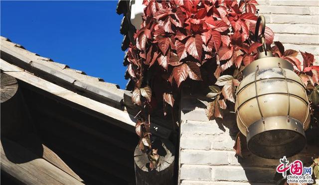 长城下的红叶小镇邂逅最美秋色