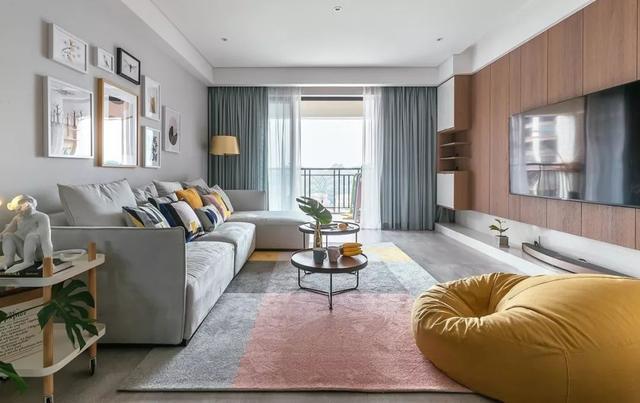 家居软装――客厅地毯、挂画提升美感!