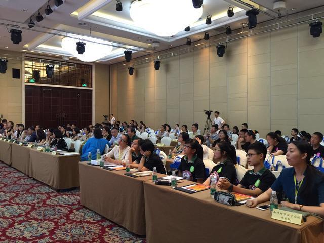 扬子一中学子夺得南京首届汉语之星决赛冠军